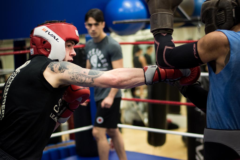 contenders-training-studio-boxing-sparring1